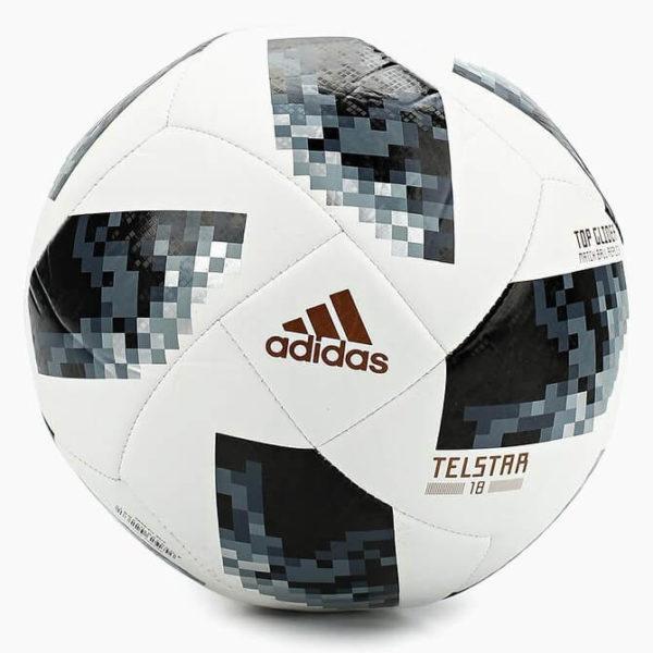 Telstar 18 — тренировочный мяч 2018 FIFA World Cup Russia™