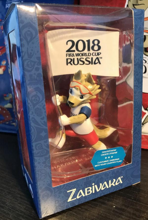 Фигурка FIFA 2018, ПВХ, 9см, с флагами-наклейками, в подарочной коробке